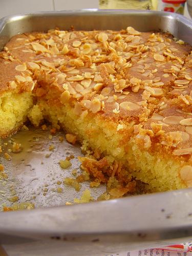 Ravani or Shamali (Semolina Cake)
