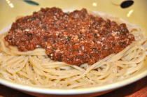 Makaronia me Kima - Pasta with Greek-style Meat Sauce