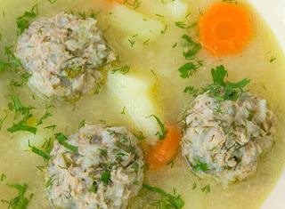 Youvarlakia-Lamb and rice meat balls in a creamy lemon sauce