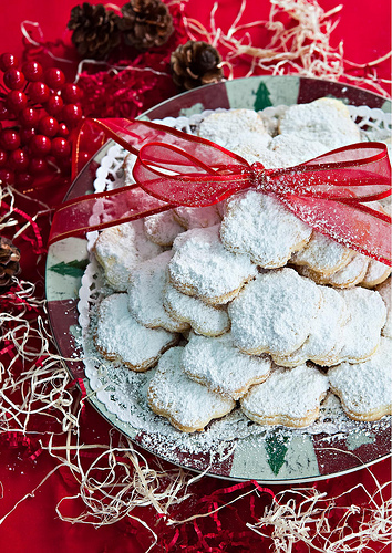 Brandy Sugar Biscuits - Kourabiethes