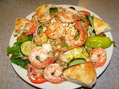 Greek Salad with Shrimp - Elliniki Salata me Garithes