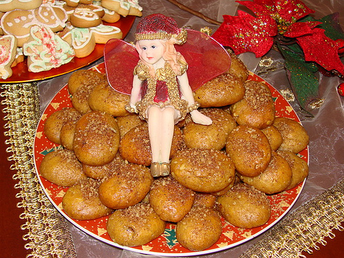Honey Cookies with Samolina - Melomakarona me Simigthali