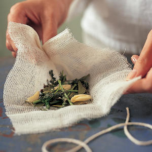 Bouquet Garni for Soups & Sauces