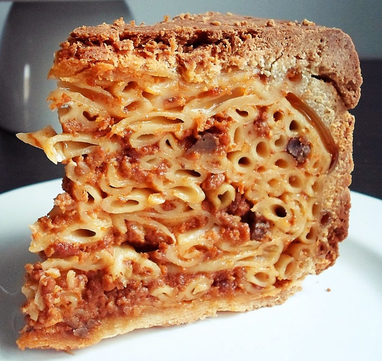 Pastry-Cloaked Pasta from Corfu - PASTITSIO VENETSIANIKO